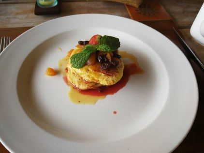 Desayuno en Dedary Kriyamaha Hotel
